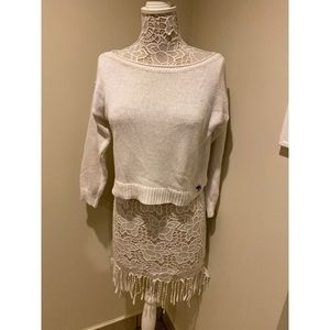EUC Abercrombie & Fitch 3/4 sleeve cropped sweater